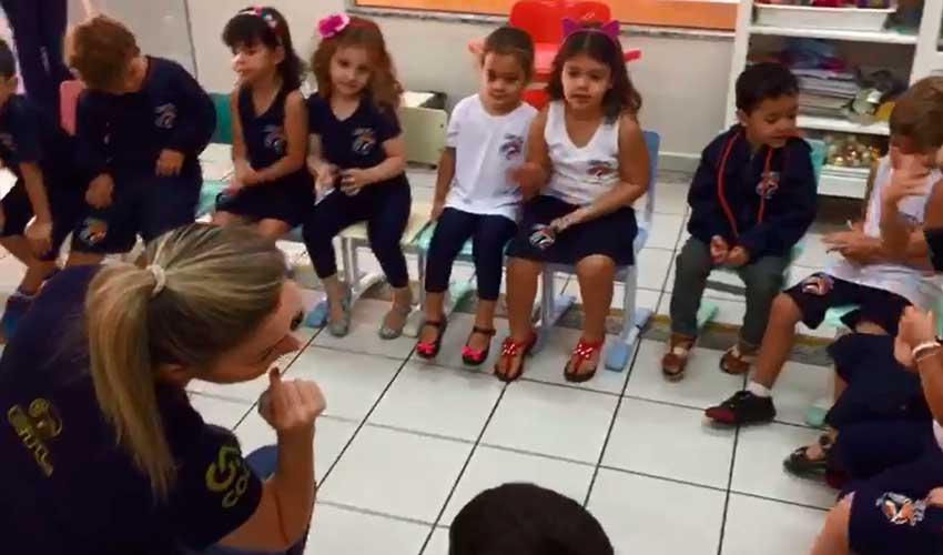 Educação Infantil tem aula dinâmica de Inglês - ETL